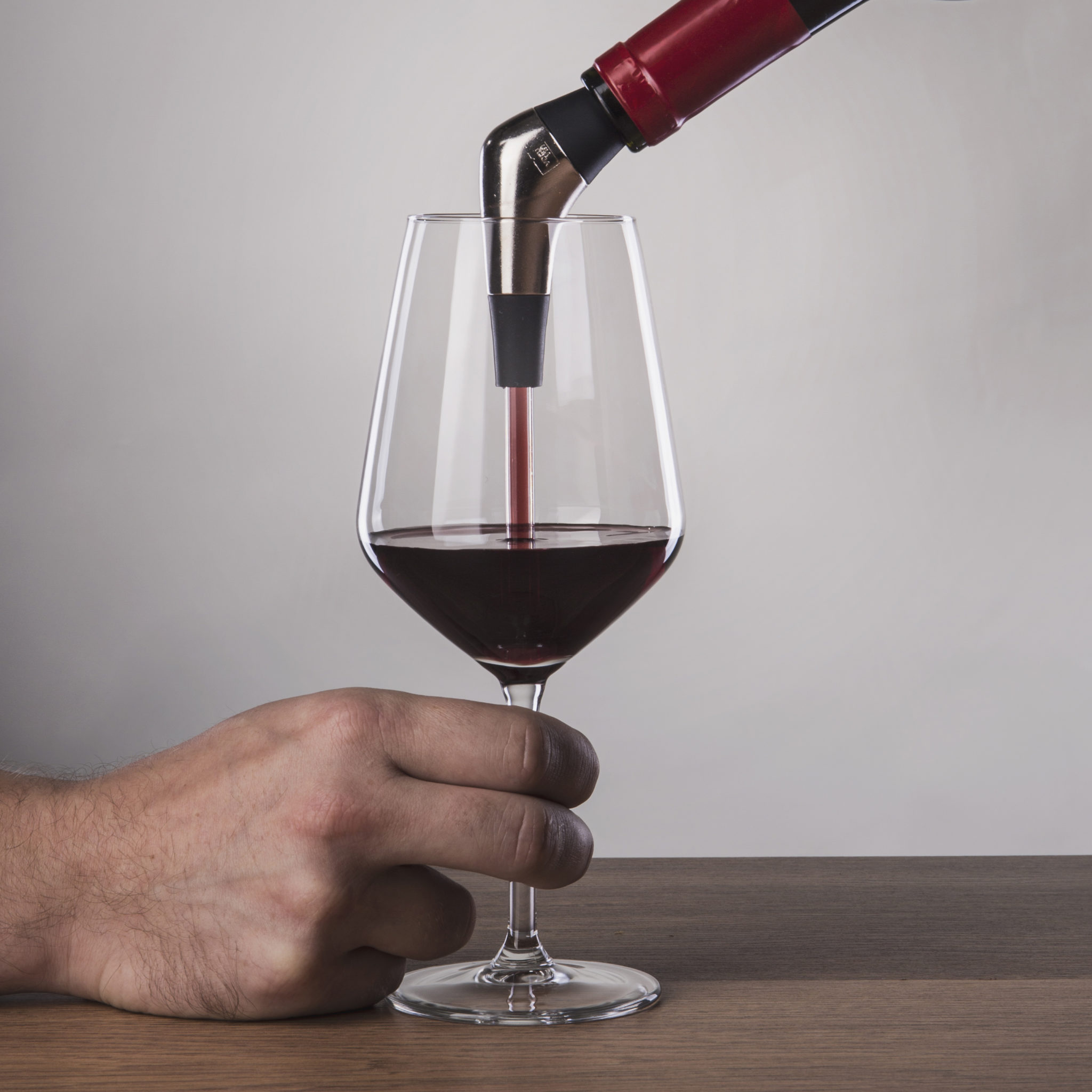 Introducing the Slow Wine Pourer